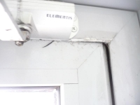 Ремонт дверей в аптеке «Неофарм»